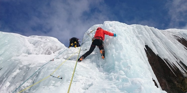 Best Ice Climbing Techniques