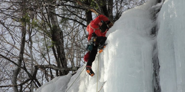 Ice Climbing in Crawford Notch