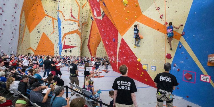 Rock climbing competition
