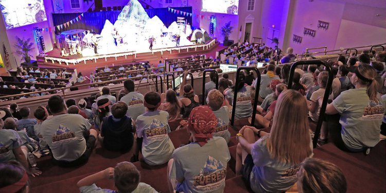 VBS Everest theme at MHUMC